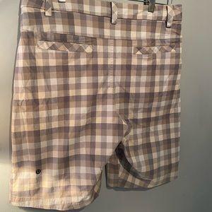 Lululemon Men's Shorts - Size 34